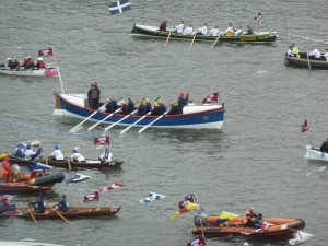Thames pageant 043